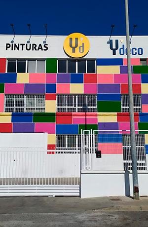 foto de fachada de nave Ydeco
