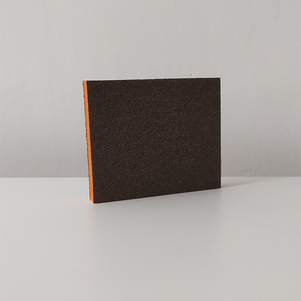 foto de lija de esponja rectangular