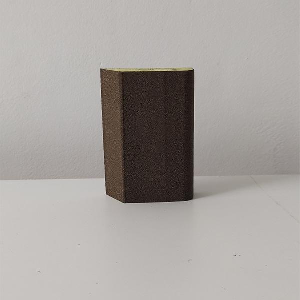 foto de taco de lija trapezoidal 70x99mm