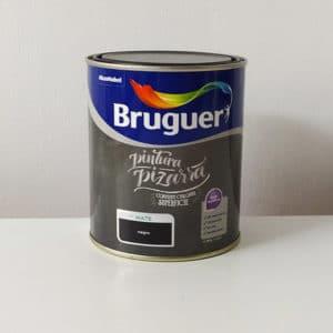 imagen pintura para pizarras al agua Bruguer negro