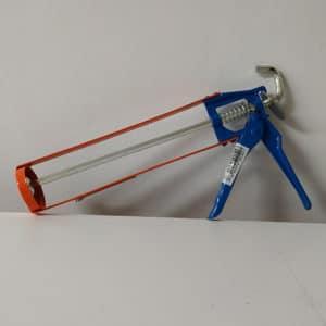 foto de pistola de silicona de bricolaje